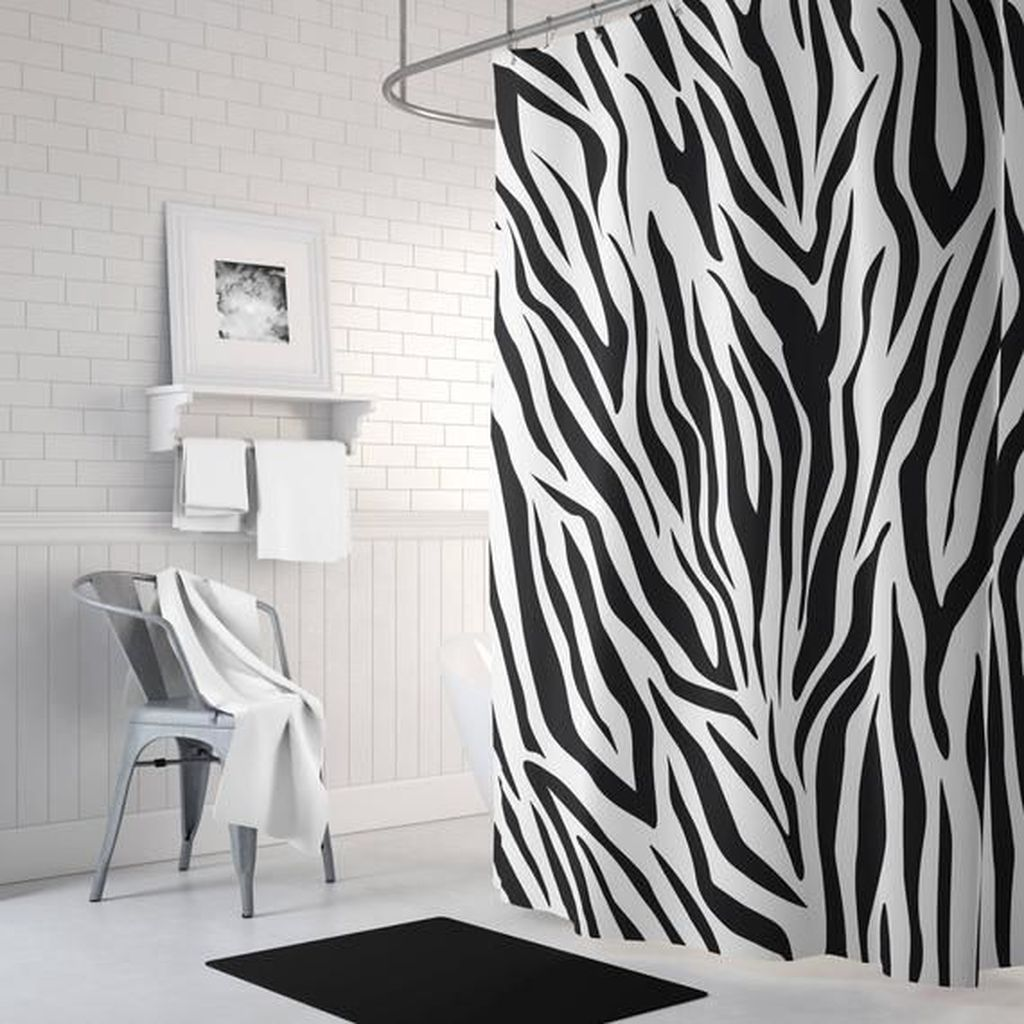 Amazing Black And White Shower Curtain For Your Bathroom Decor 07