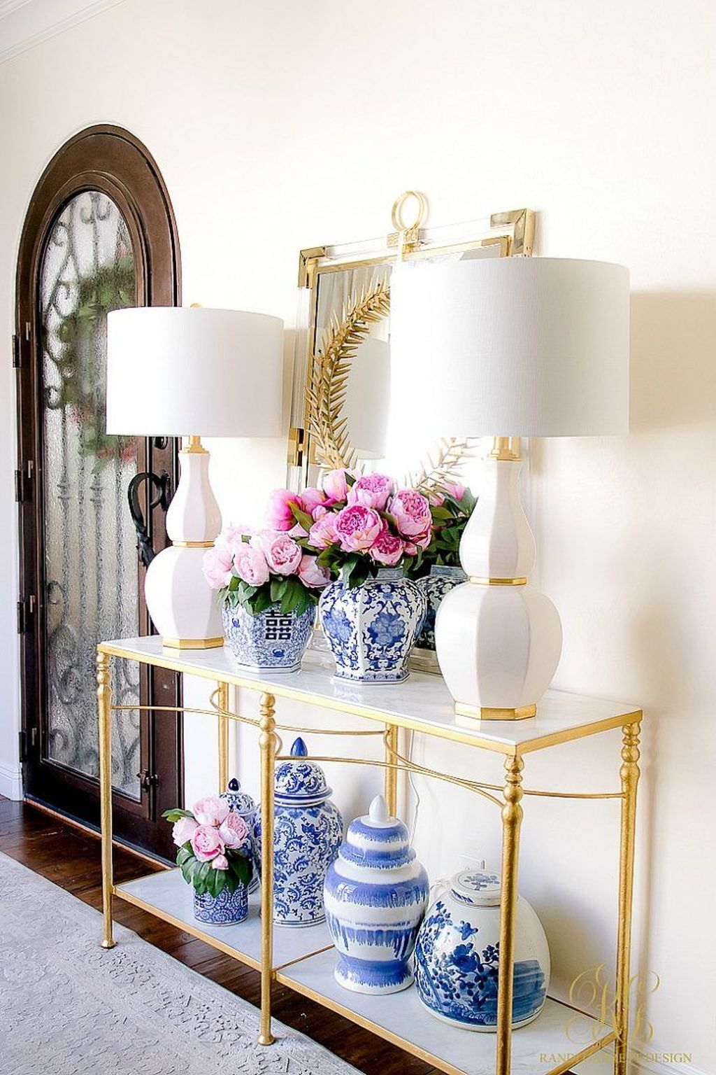 Beautiful Ginger Jars Decor Ideas For Living Rooms 13