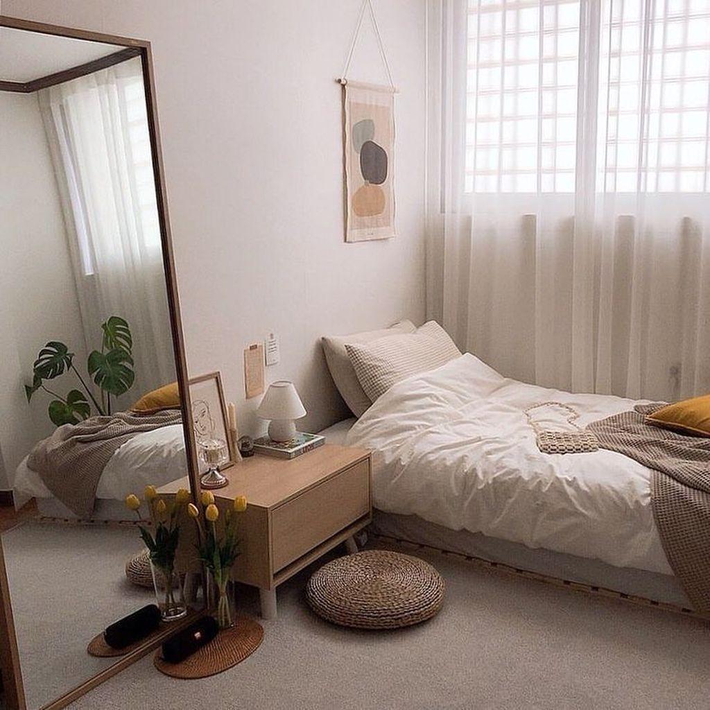 32 Fabulous Small Apartment Bedroom Design Ideas Homyhomee