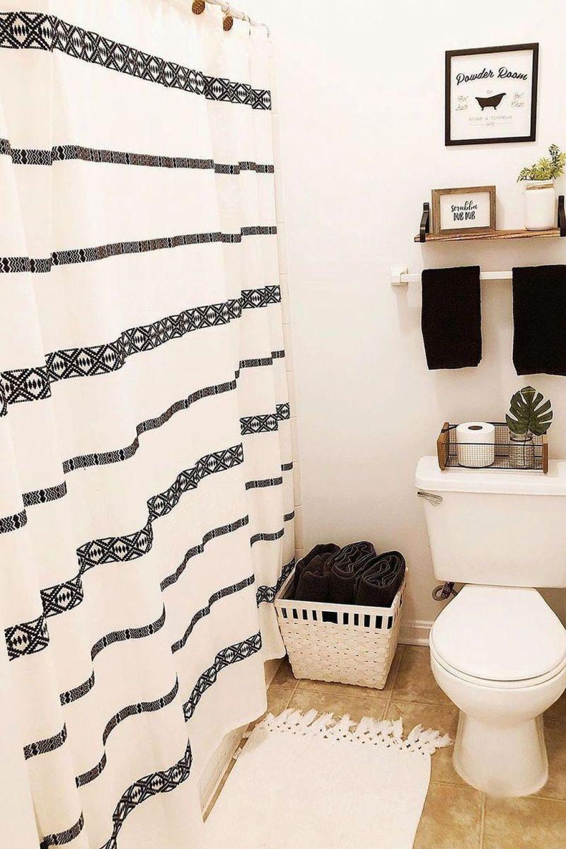 Fascinating Simple Apartment Bathroom Decor Ideas 21
