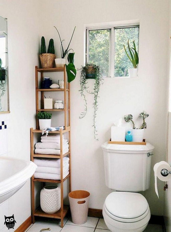 Fascinating Simple Apartment Bathroom Decor Ideas 23
