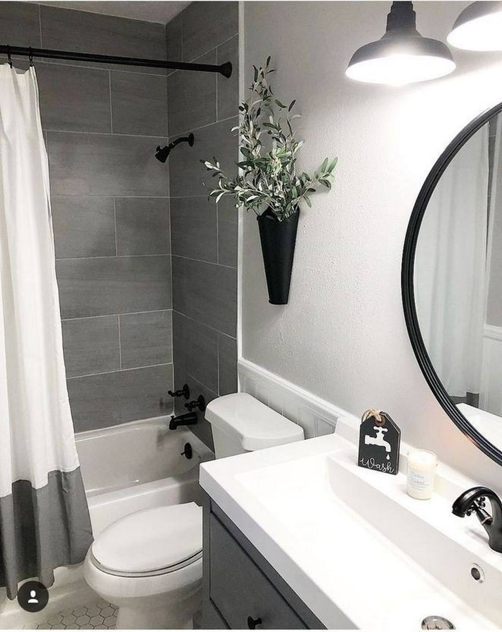 Fascinating Simple Apartment Bathroom Decor Ideas 27