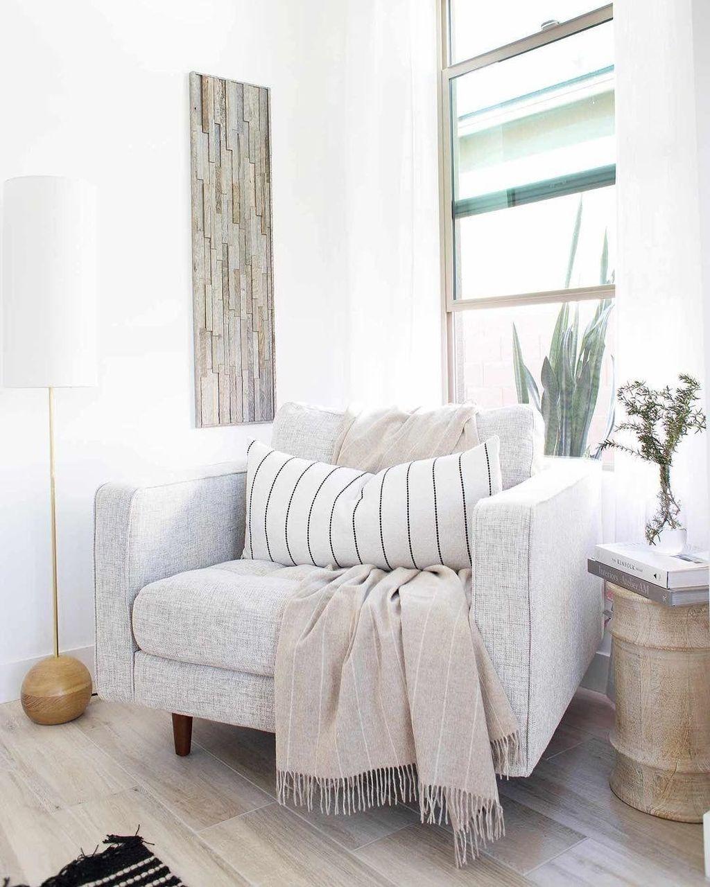 Gorgeous Modern Lounge Chair Design Ideas 10