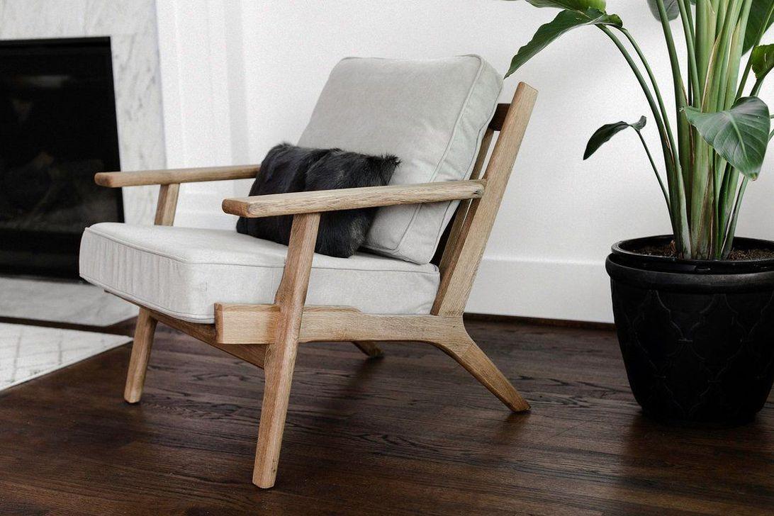 Gorgeous Modern Lounge Chair Design Ideas 18