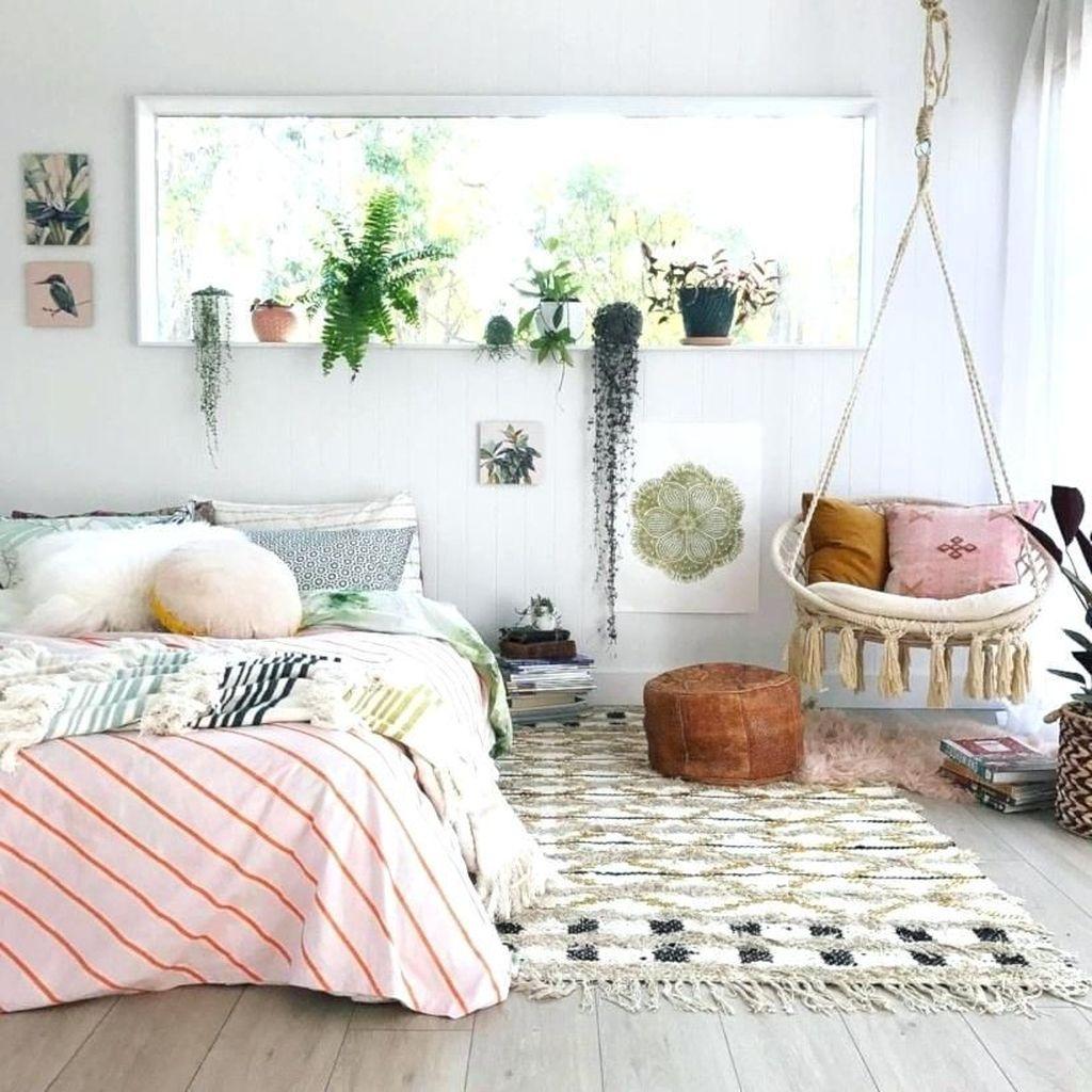 Lovely Boho Chic Bedroom Decor Idea 07