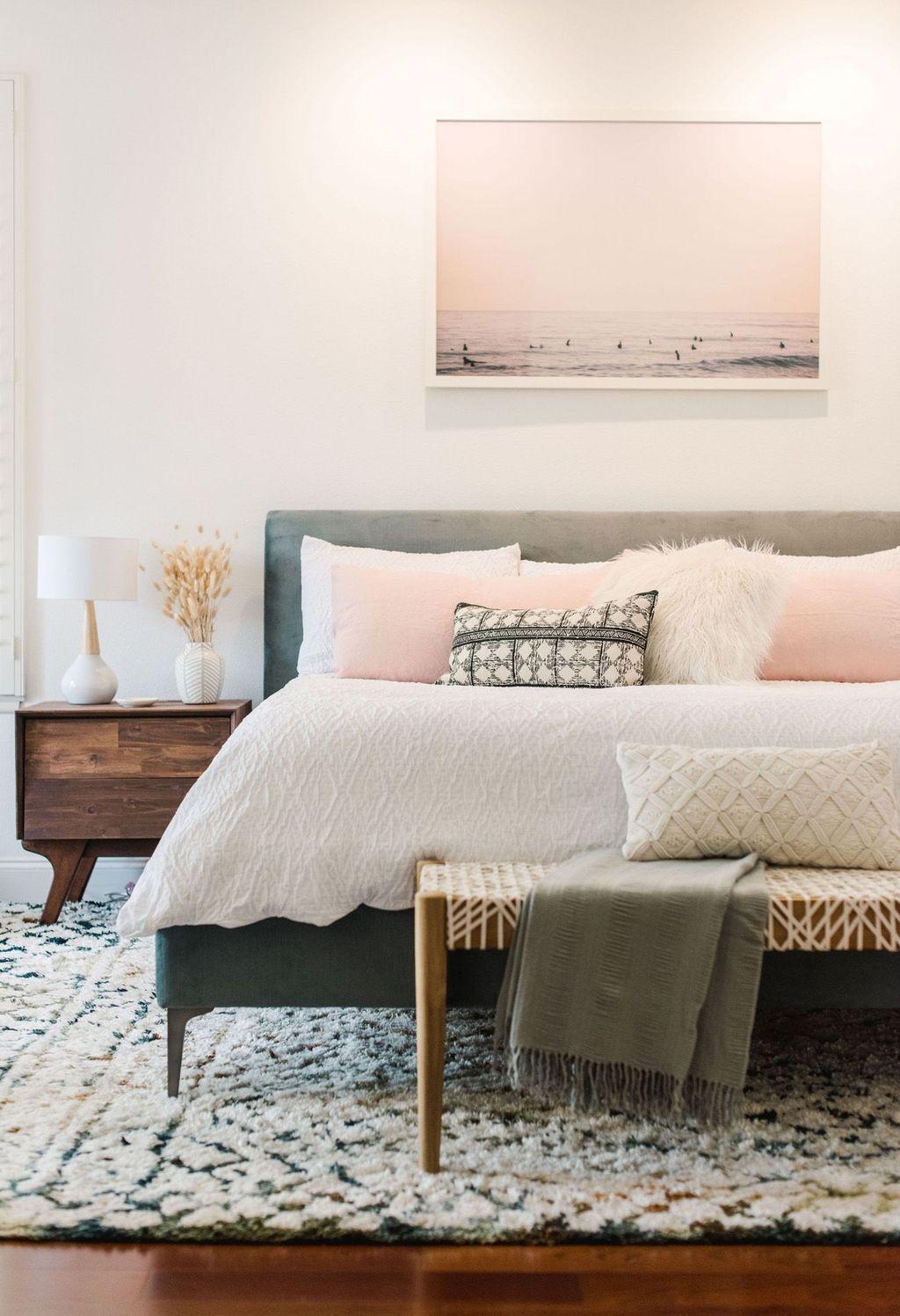 Lovely Boho Chic Bedroom Decor Idea 22