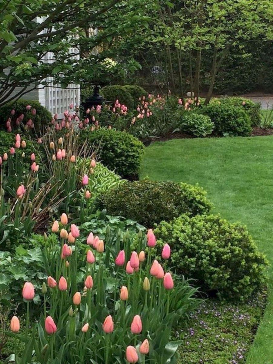 Lovely Flower Garden Design Ideas To Beautify Your Outdoor 16