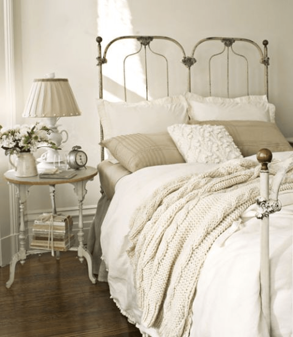 Stunning French Bedroom Decor Ideas That Will Inspire You 08