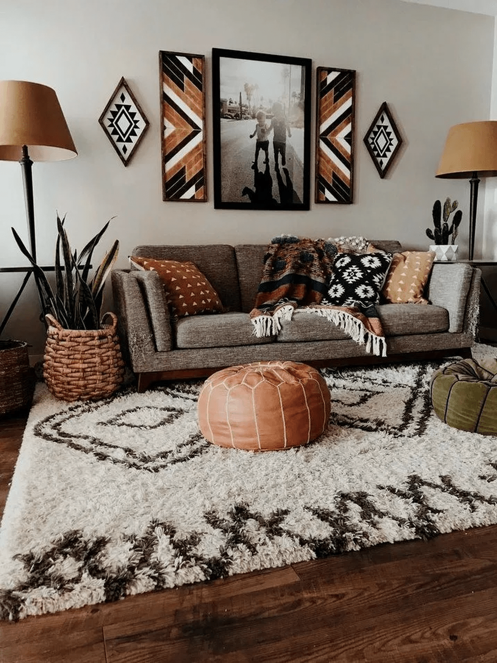 The Best Rustic Bohemian Living Room Decor Ideas 26