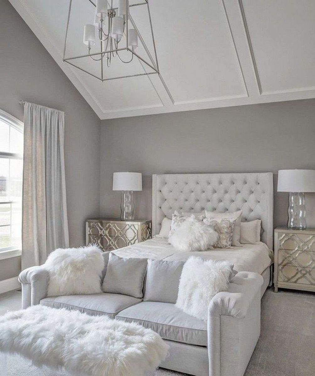 The Best White Master Bedroom Design And Decoration Ideas 06