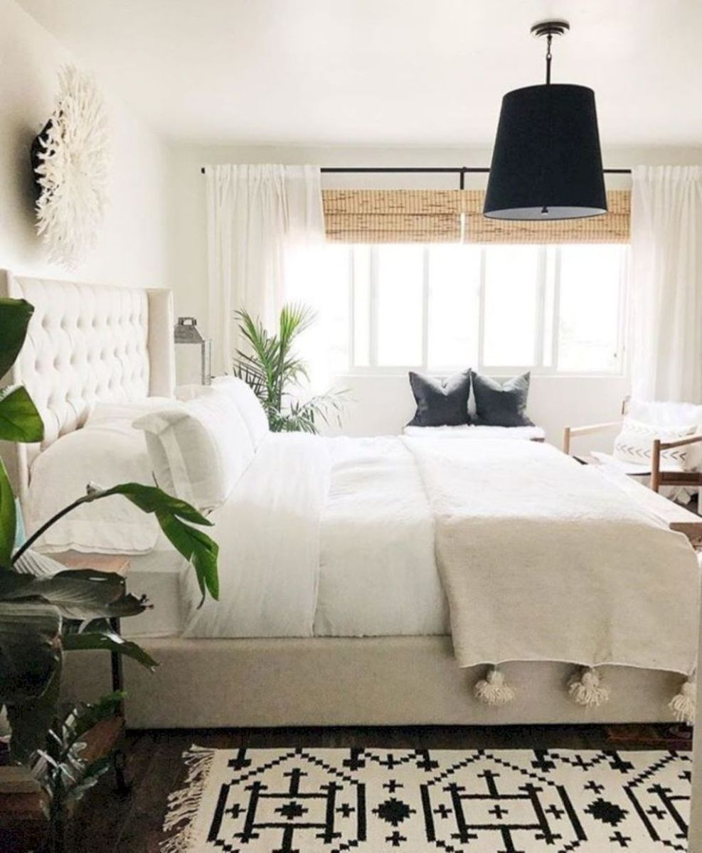 The Best White Master Bedroom Design And Decoration Ideas 07