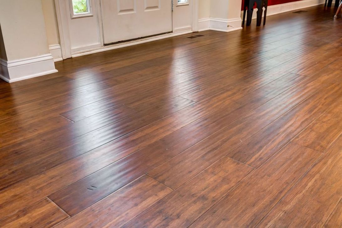 Amazing Bamboo Flooring Ideas For Living Room 24