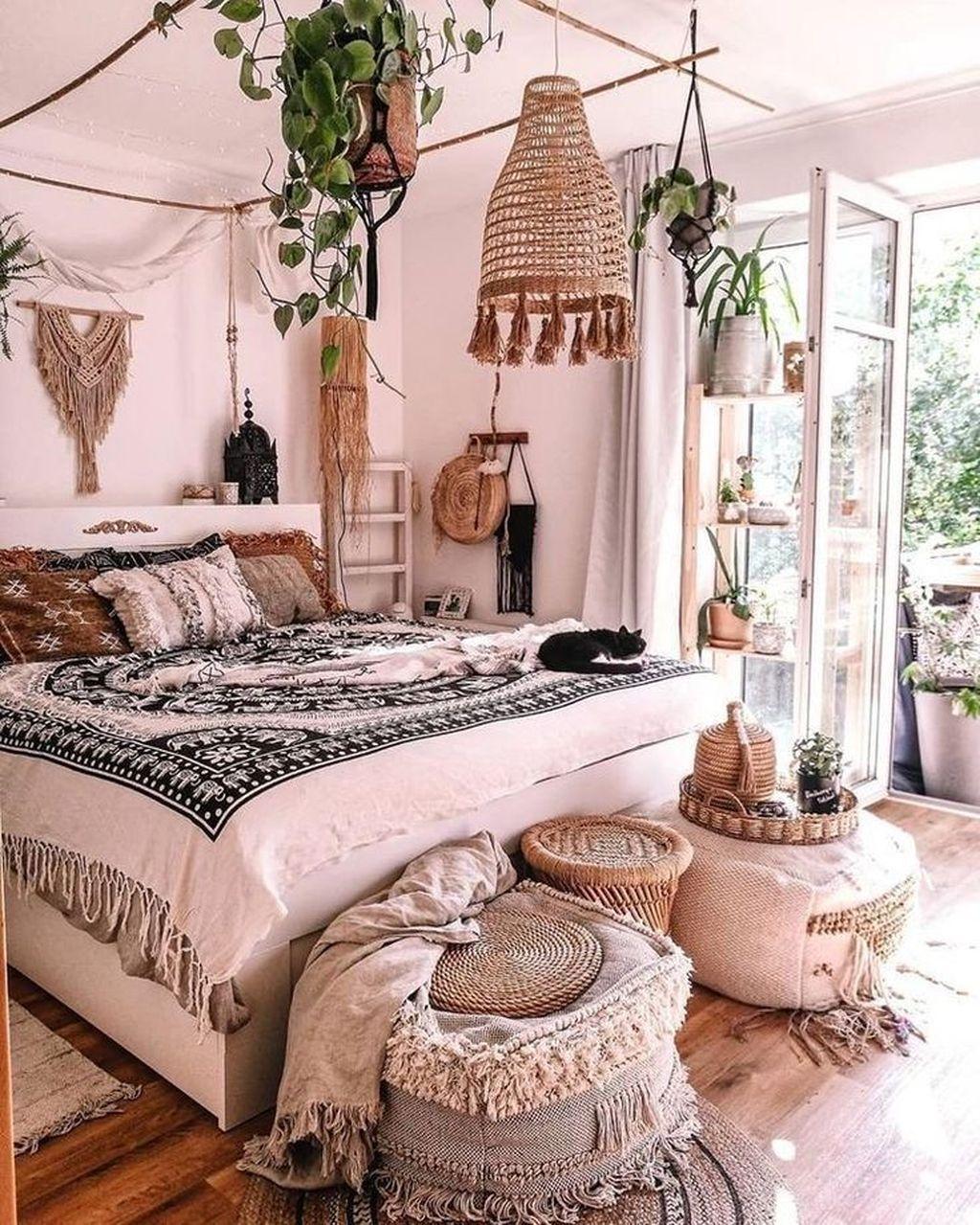 Awesome Boho Chic Bedroom Decor Ideas 21