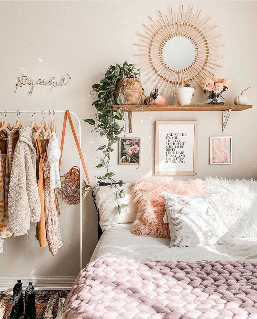 Awesome Boho Chic Bedroom Decor Ideas 28