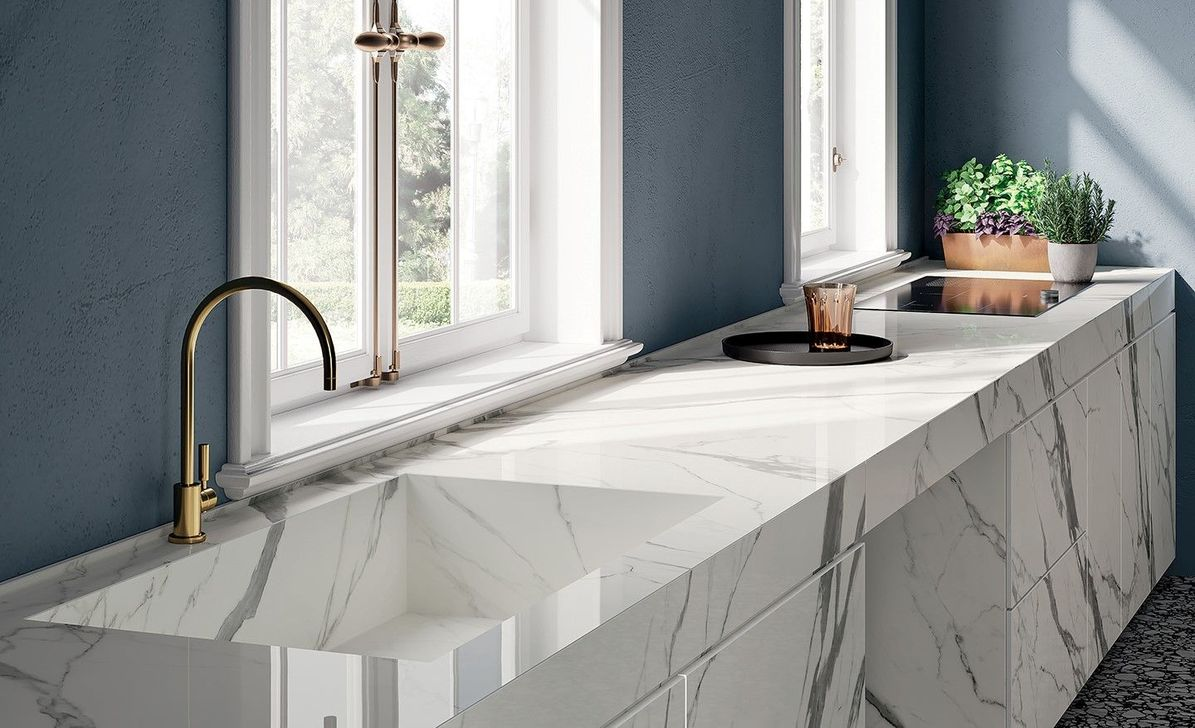 Beautiful Kitchen Design Ideas With Porcelain Slab Countertop 14
