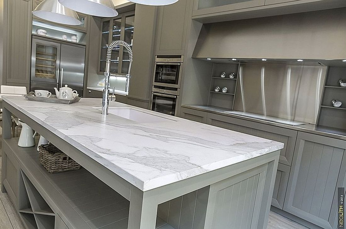 Beautiful Kitchen Design Ideas With Porcelain Slab Countertop 29
