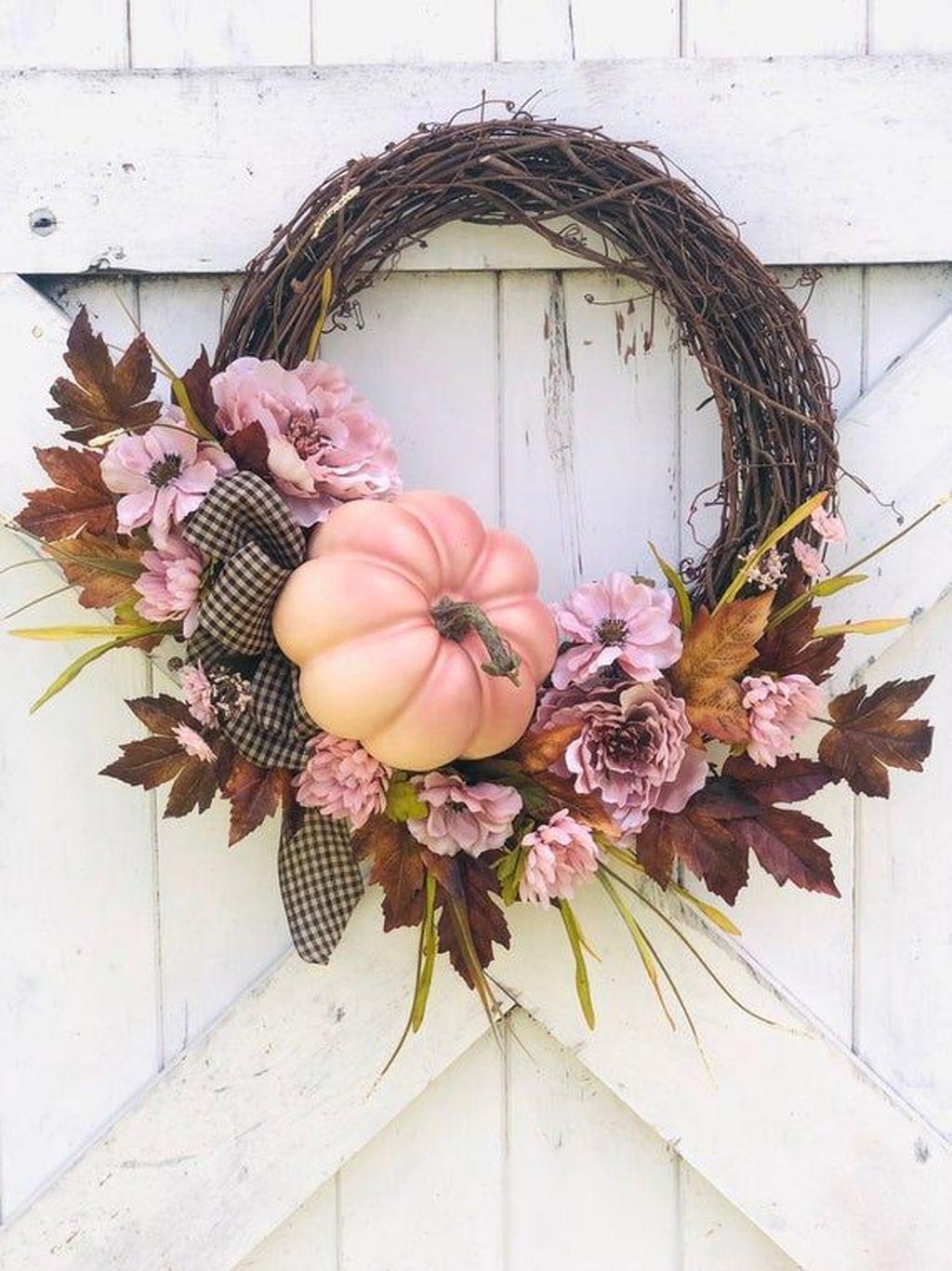 Inspiring Thanksgiving Front Door Decor Ideas 05