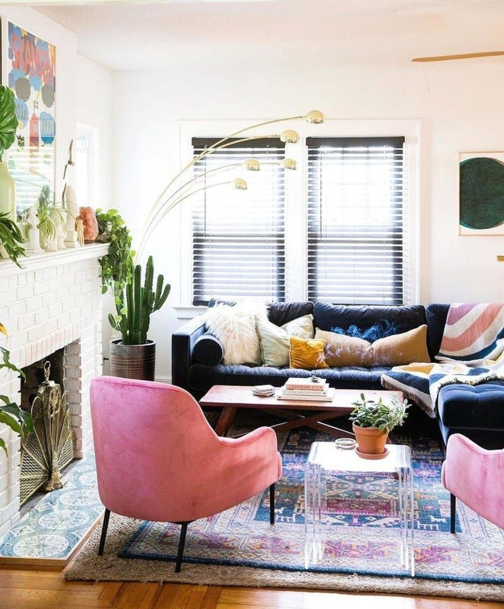 Lovely Colorful Living Room Ideas 07