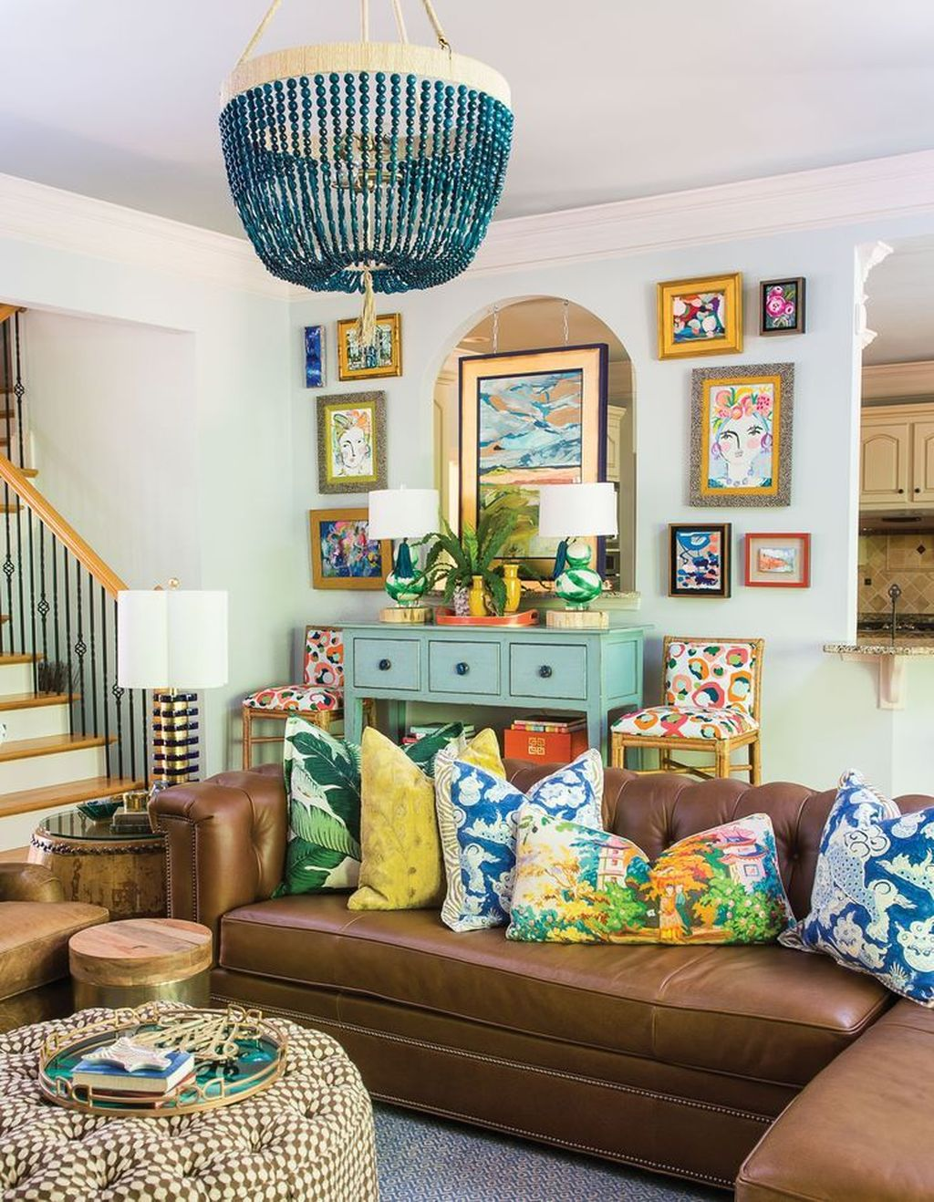 Lovely Colorful Living Room Ideas 13