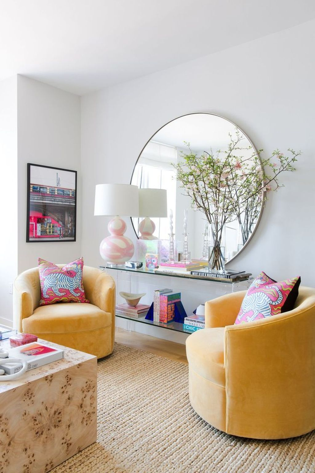 Lovely Colorful Living Room Ideas 14