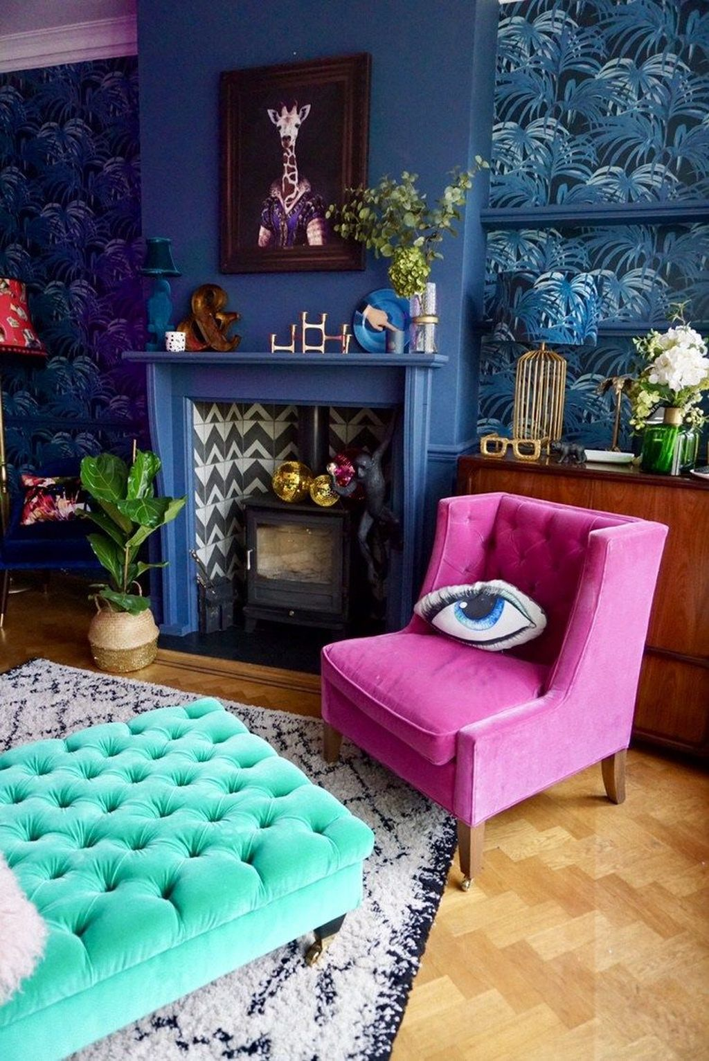 Lovely Colorful Living Room Ideas 32