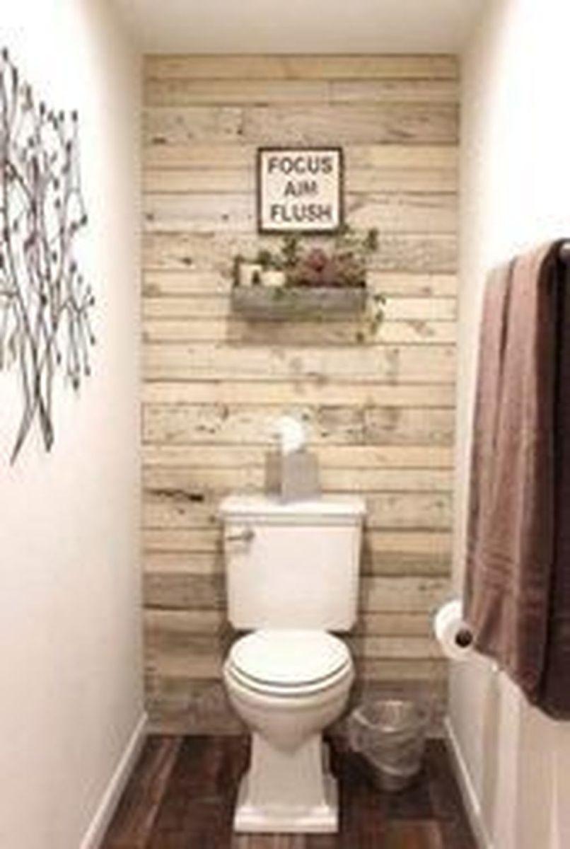 Lovely Relaxing Farmhouse Bathroom Decor Ideas 18