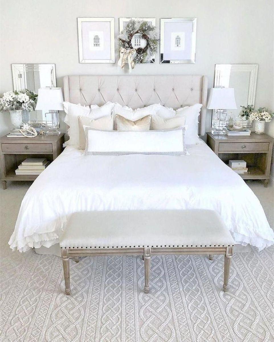 Popular White Master Bedroom Furniture Ideas 09