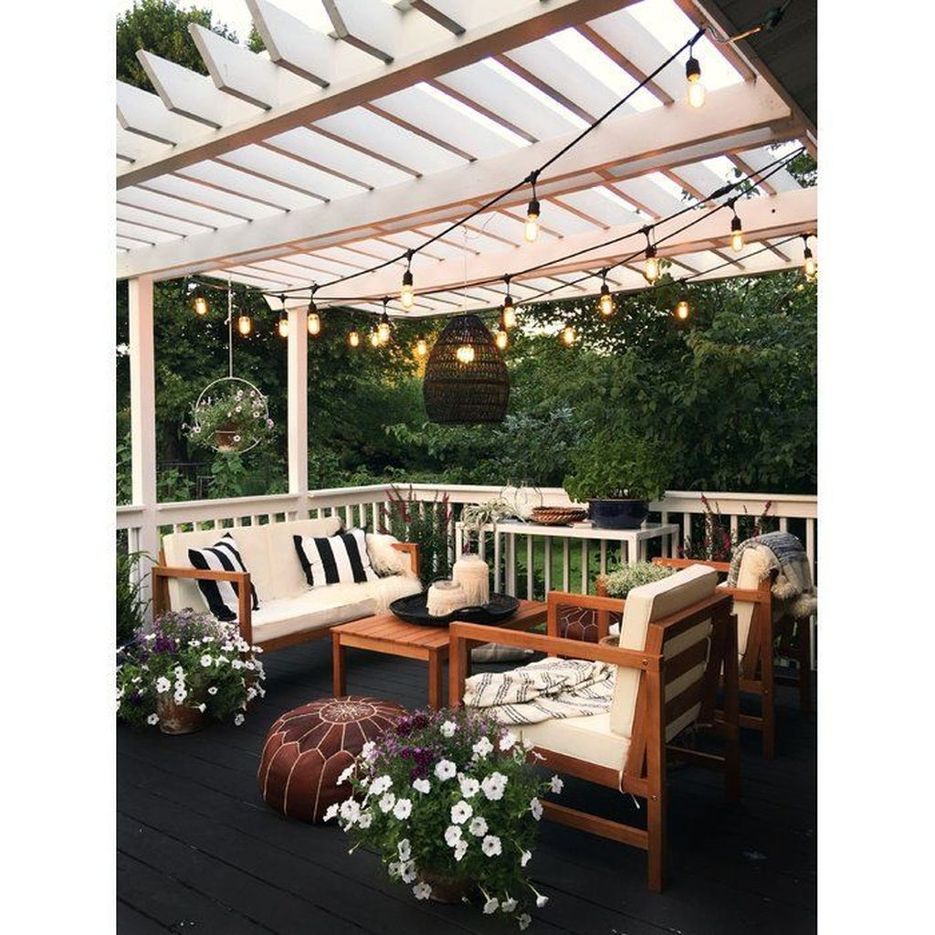 Stunning Rustic Patio Decorating Ideas 06