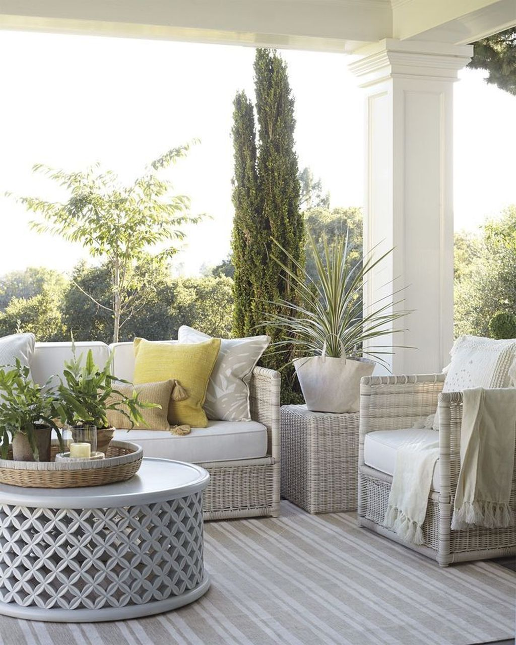 Stunning Rustic Patio Decorating Ideas 13