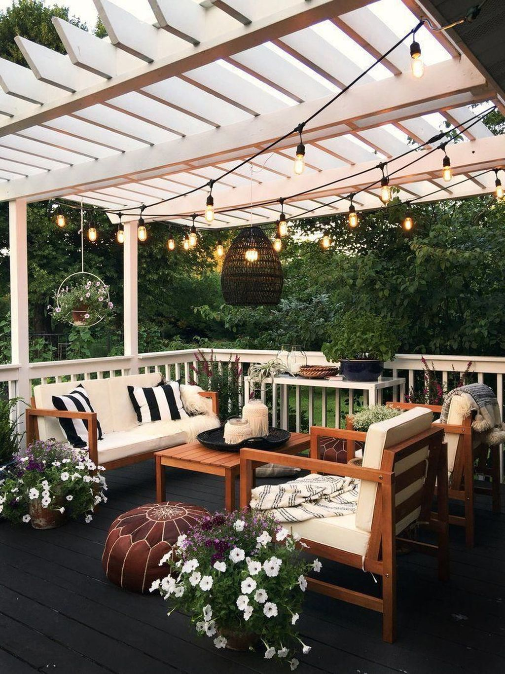 Stunning Rustic Patio Decorating Ideas 25