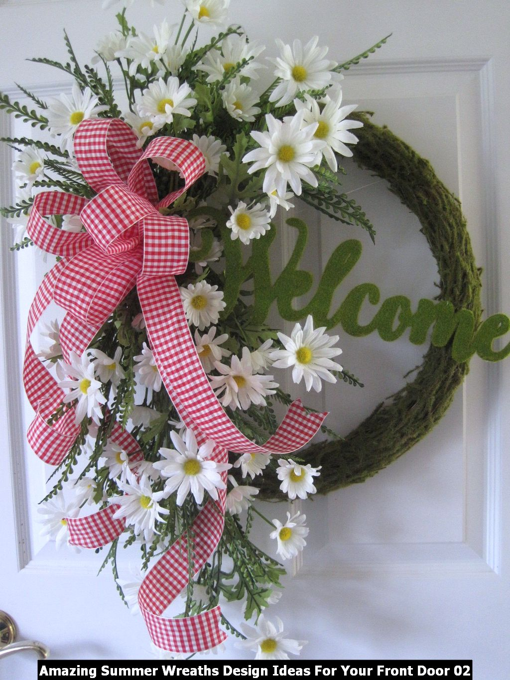 Amazing Summer Wreaths Design Ideas For Your Front Door 02