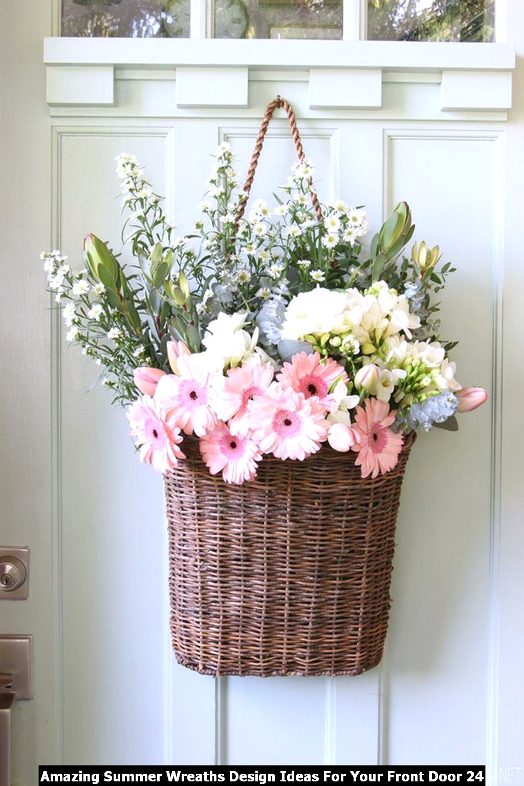 Amazing Summer Wreaths Design Ideas For Your Front Door 24