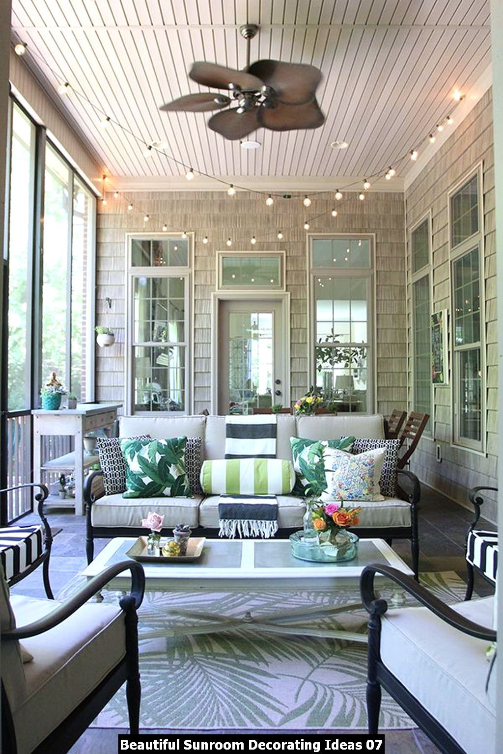 Beautiful Sunroom Decorating Ideas 07