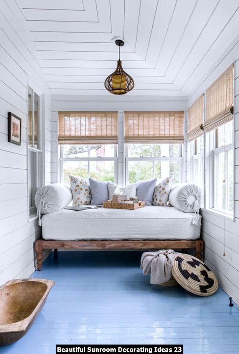 Beautiful Sunroom Decorating Ideas 23