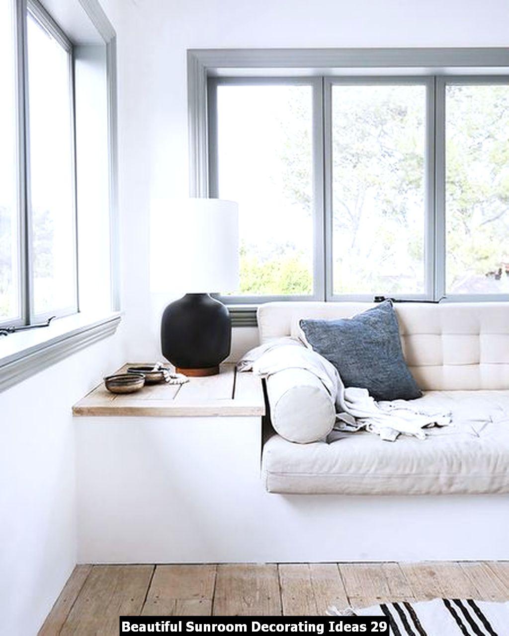 Beautiful Sunroom Decorating Ideas 29