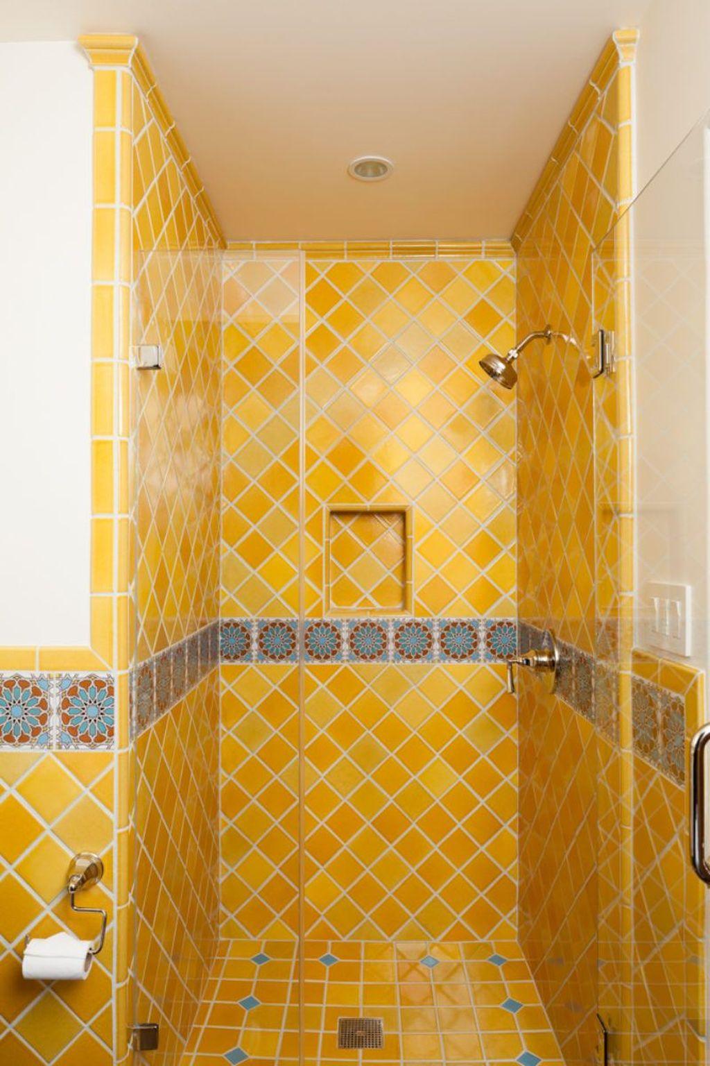 Creative Sunny Yellow Bathroom Decor For Summer 33