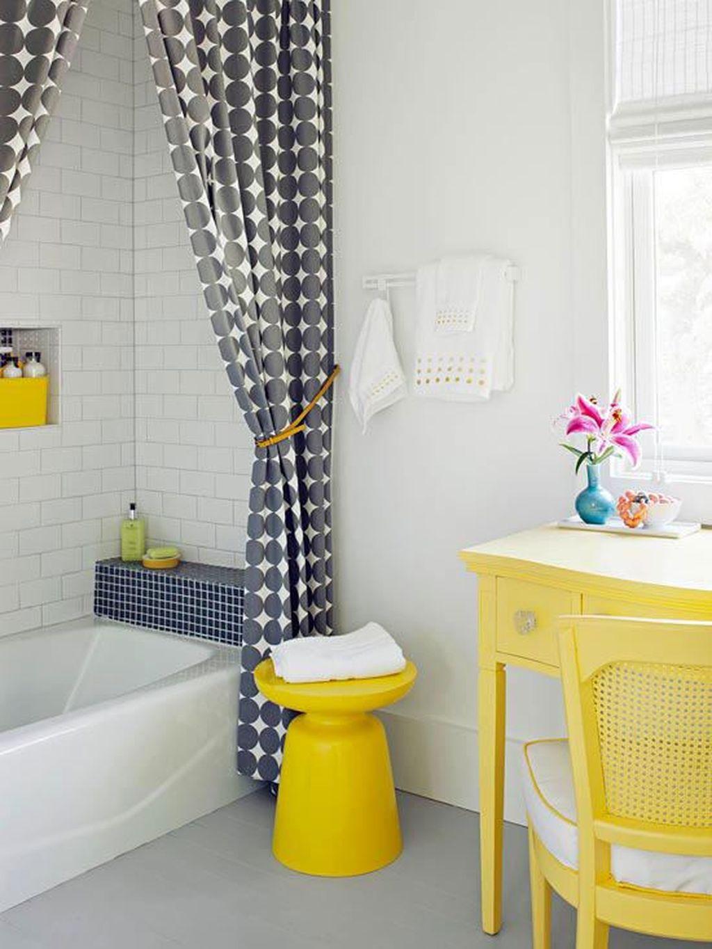 Creative Sunny Yellow Bathroom Decor For Summer 38