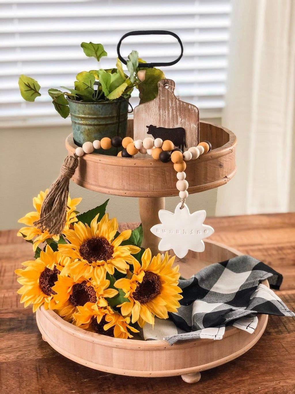 Fabulous Summer Farmhouse Decor Ideas You Will Love 27