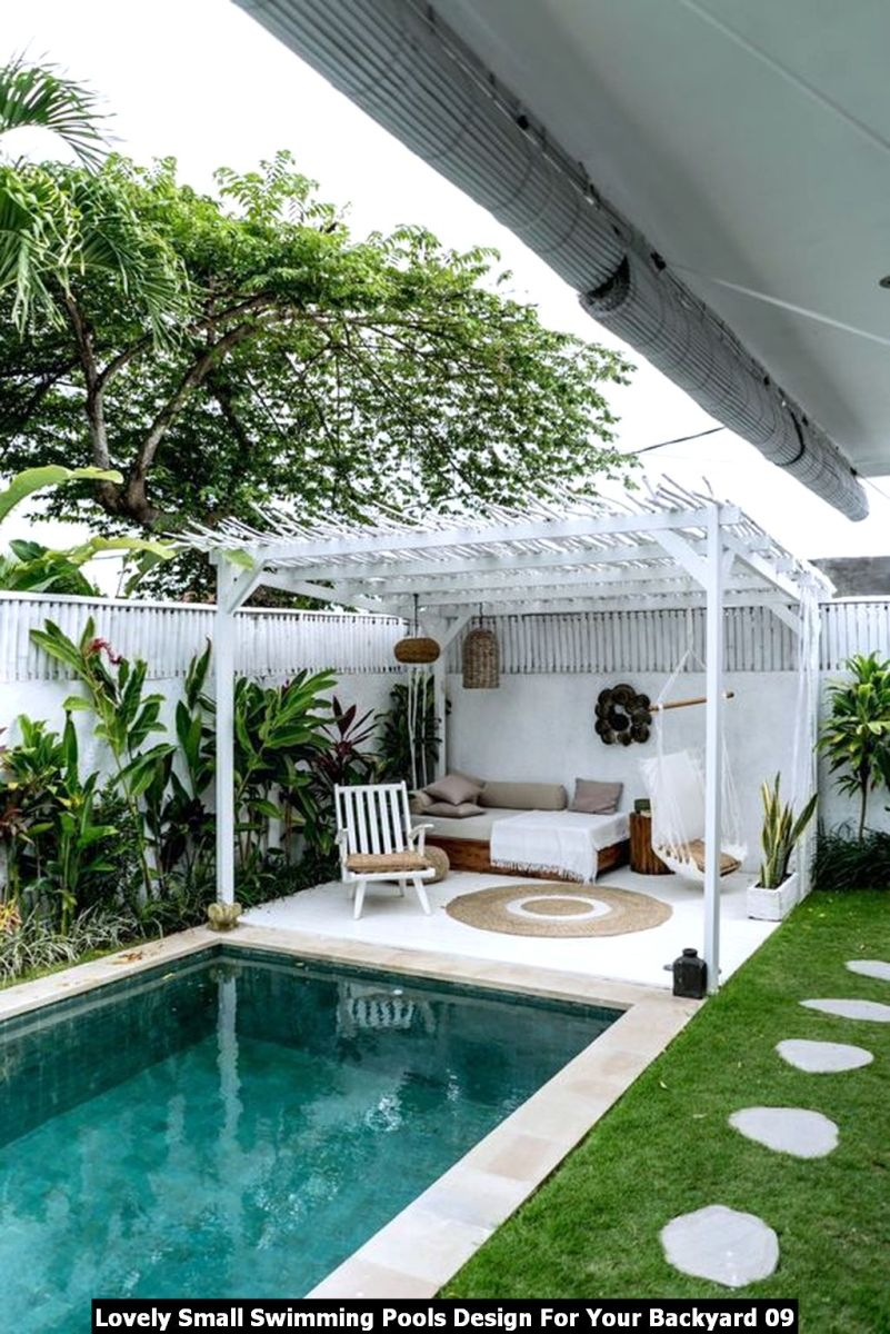 Lovely Small Swimming Pools Design For Your Backyard 09