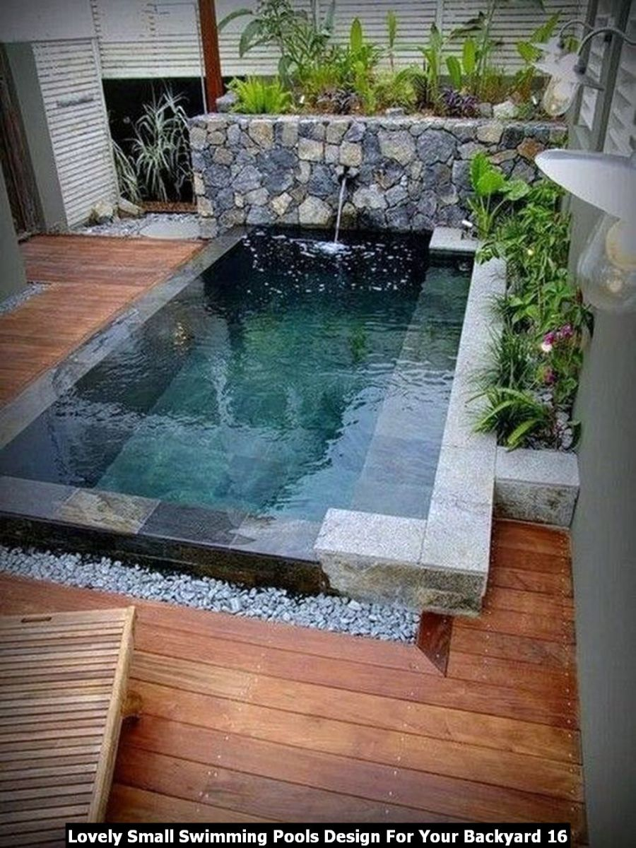 Lovely Small Swimming Pools Design For Your Backyard 16
