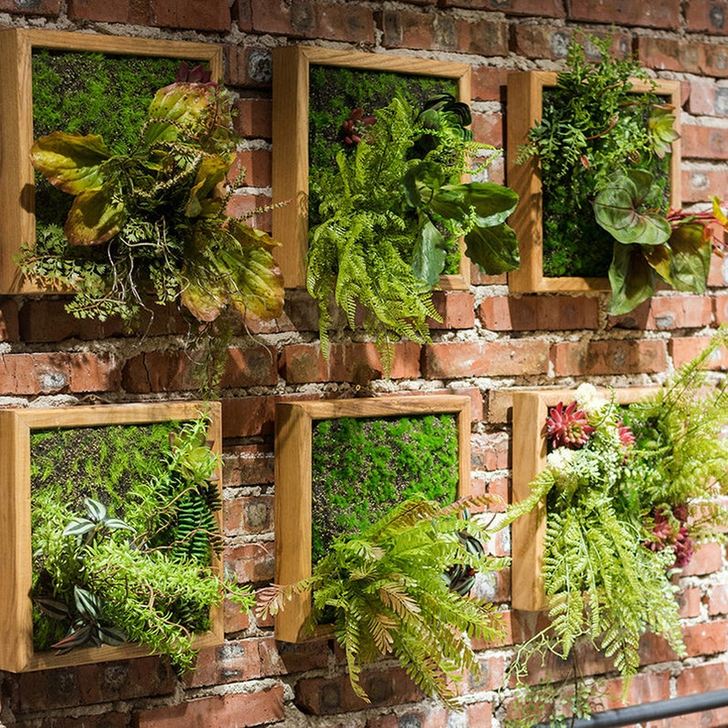 Nice Vertical Garden Wall Decor Ideas Look Beautiful 29