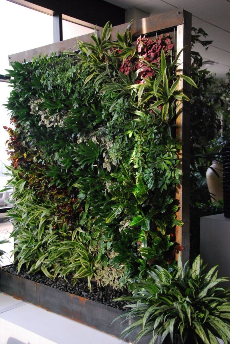 Nice Vertical Garden Wall Decor Ideas Look Beautiful 32