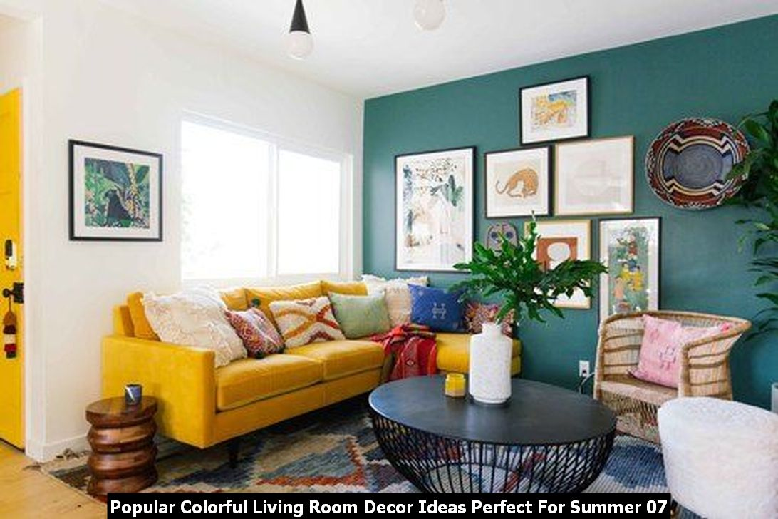 Popular Colorful Living Room Decor Ideas Perfect For Summer 07
