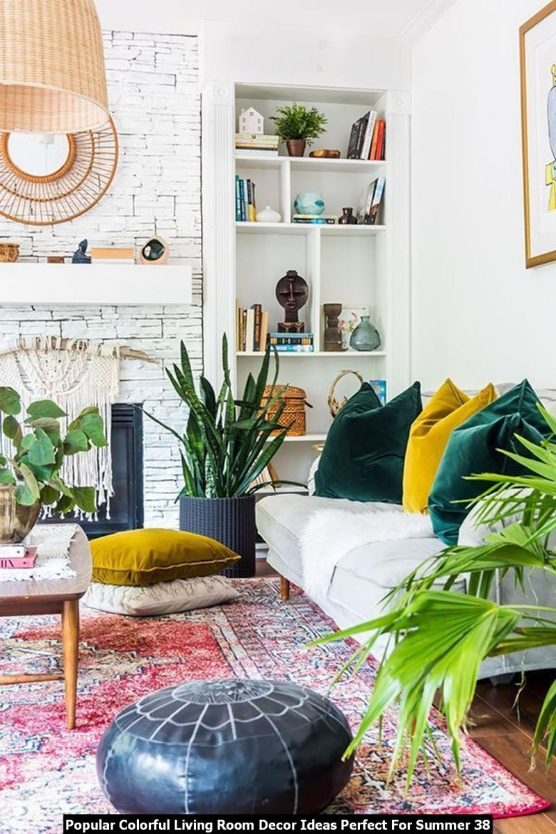 Popular Colorful Living Room Decor Ideas Perfect For Summer 38
