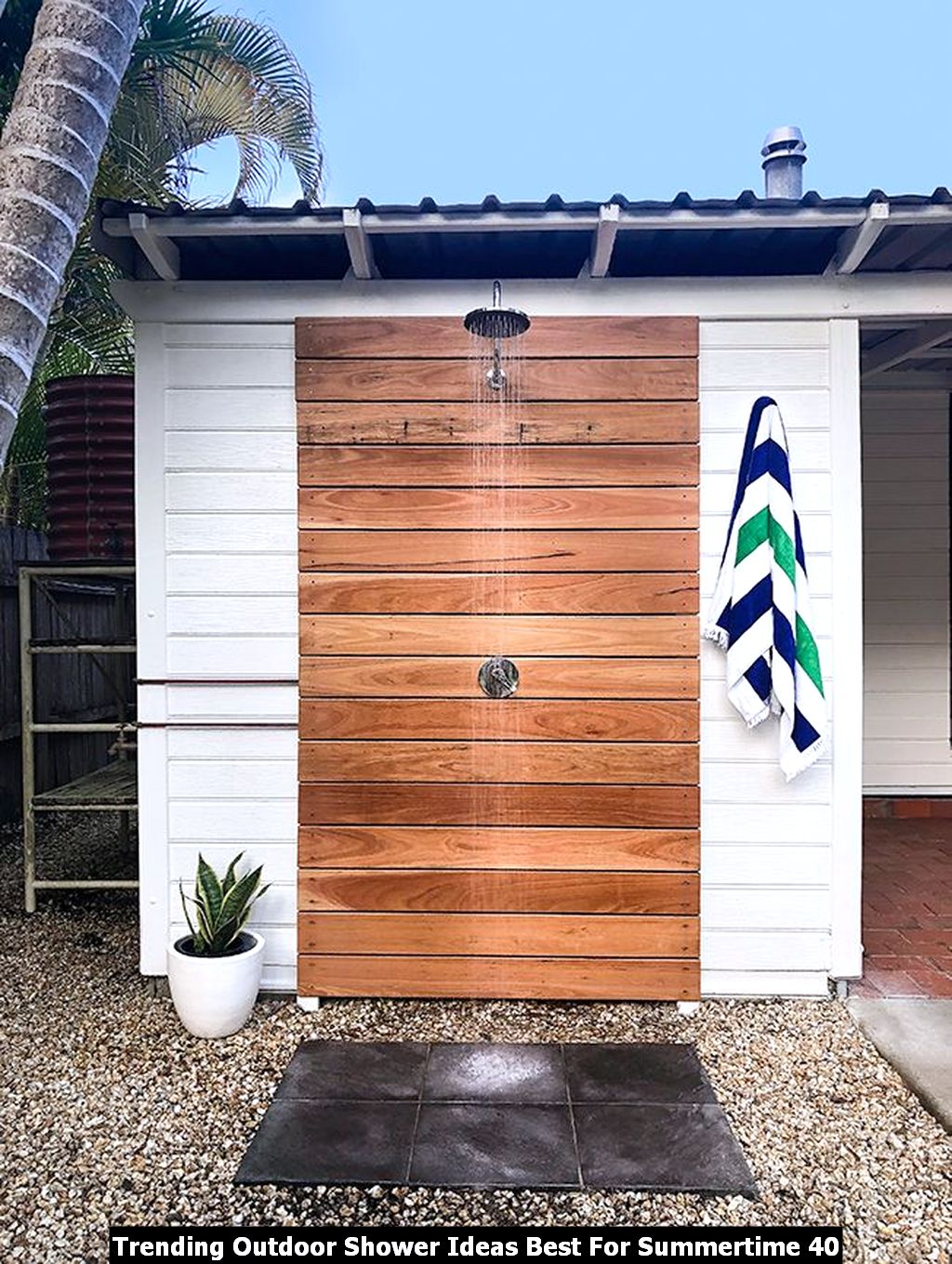 Trending Outdoor Shower Ideas Best For Summertime 40