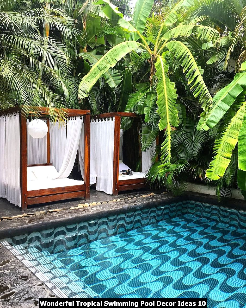 Wonderful Tropical Swimming Pool Decor Ideas 10