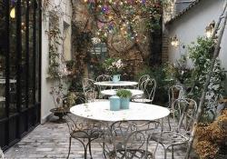 French Courtyard Garden Ideas