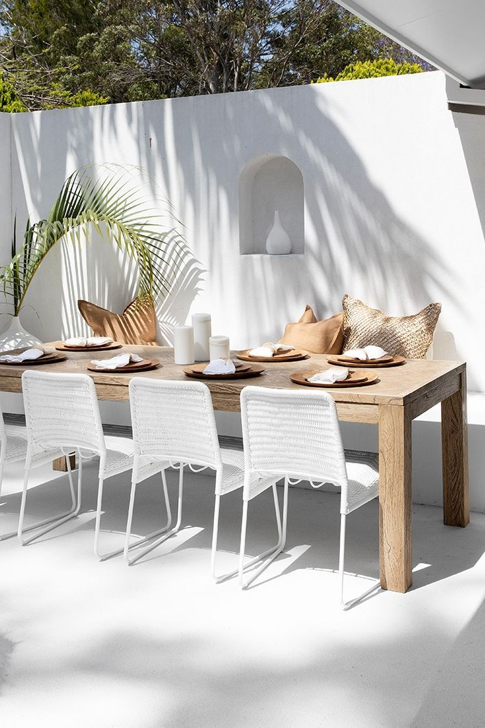 White Outdoor Dining Chairs