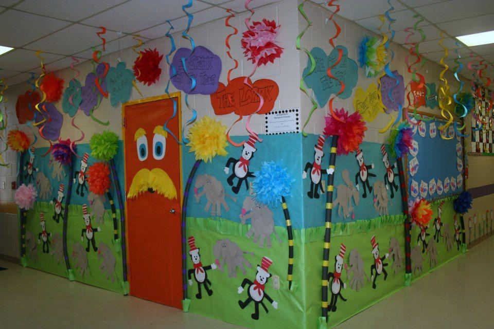 Dr Seuss Decorations DIY