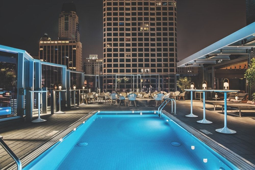 Chicago Hotels With Outdoor Pools